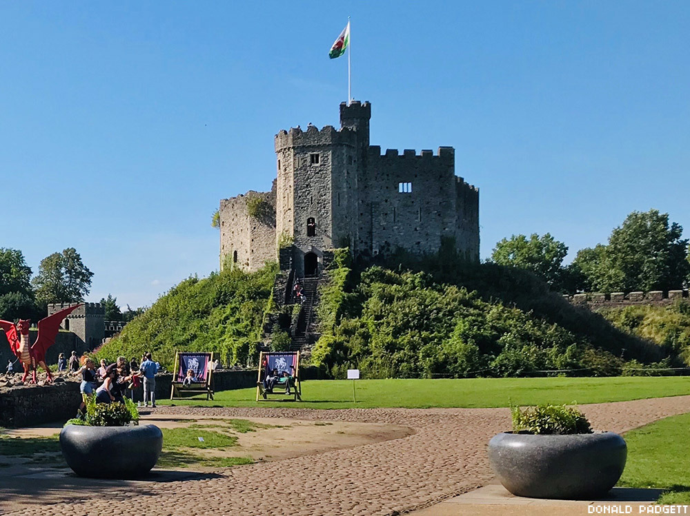 Cardiff Castle in Wales was commissioned to be built by William the Conqueror in the 11th century on the remains of a 1st century Roman fort.