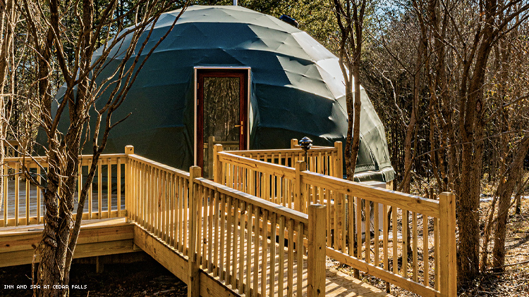 Geodesic Done Exterior Inn and Space