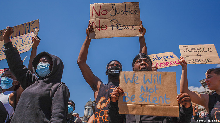 Protesters rally against police violence