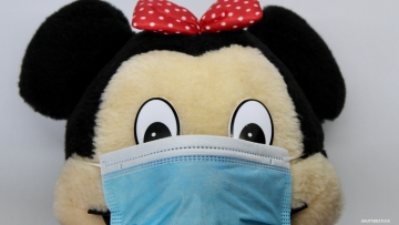 Disney Minnie the Mouse plushy wearing surgical mask