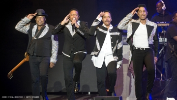 Jacksons on stage in 2018