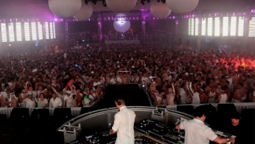 DJs Paulo, Casey Alva, and Kitty Glitter Share Their Top 5 Songs for White Party 2015