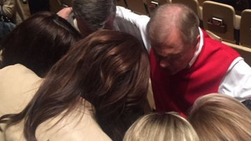 WATCH: Caitlyn Jenner Prays with Anti-LGBT Pastor in Houston