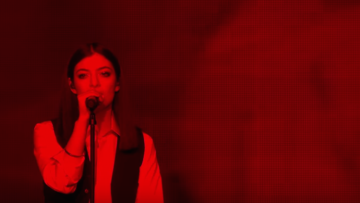 WATCH: Lorde Sang Bowie Tribute at BRIT Awards