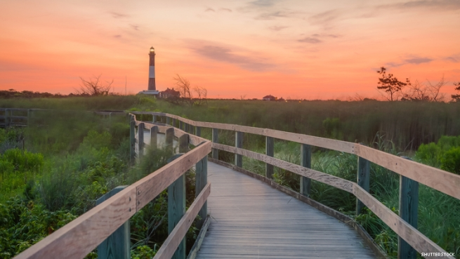 Image of Fire Island lighthouse at sunset