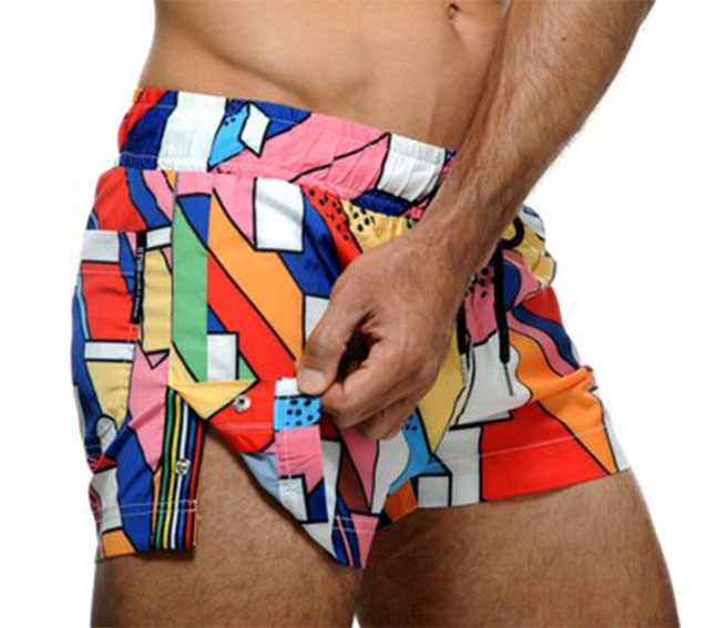 The STUD Beachwear Haring Shorts uses a kaleidoscope of colors to reflect your sunny vibrancy -- it's perfect for a day out or at the beach.  Fabric: 95% Nylon / 5% Elastane