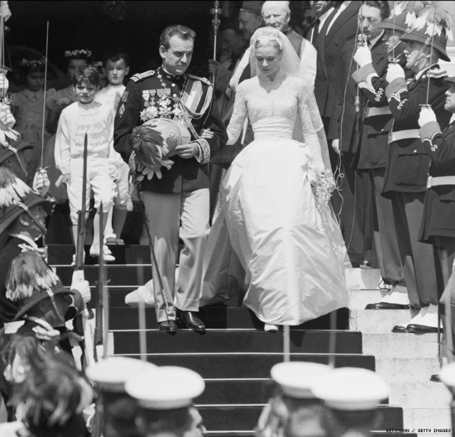 Prince Rainer and Princess Grace at their wedding in black and white