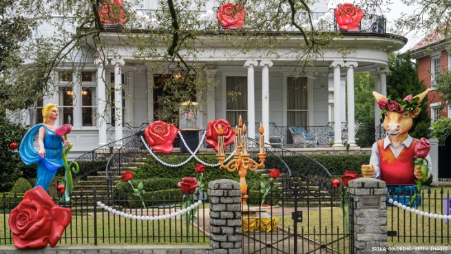 Red Roses Mardi Gras House
