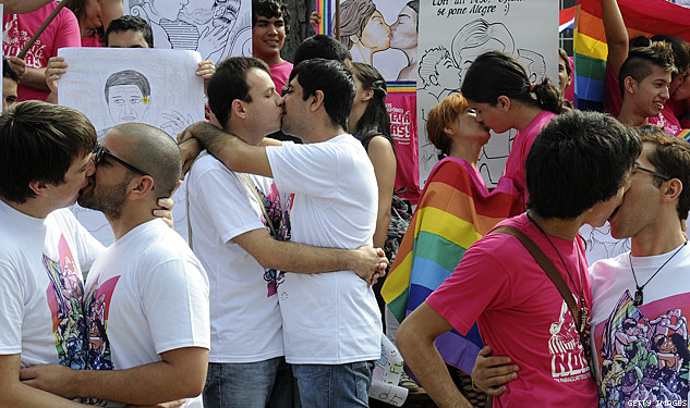 PHOTOS: The Entire World Shows Its Pride With IDAHOT