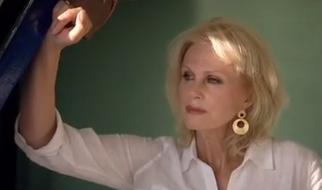 VIDEO: Joanna Lumley Shows You the Wonders of the Nile