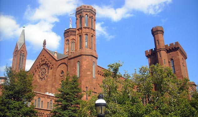 Budget Cuts to Close Smithsonian Galleries