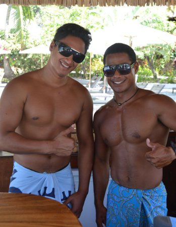 Tahiti: Honeymoon Capital of The World Welcomes Gay Newlyweds