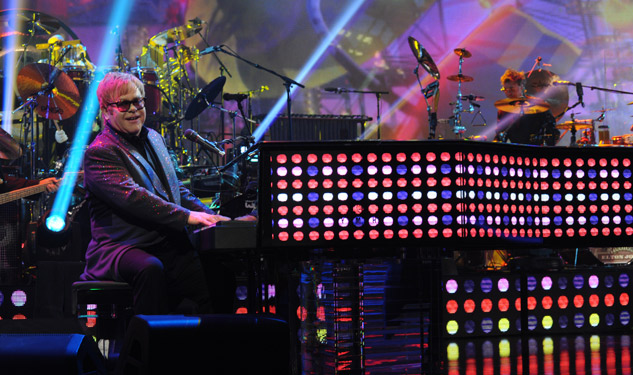 Elton John's Concert To Debut in Vegas, Cinemas Nationwide