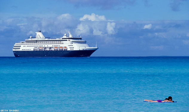 4,200 Lesbians Cruise to the Caribbean