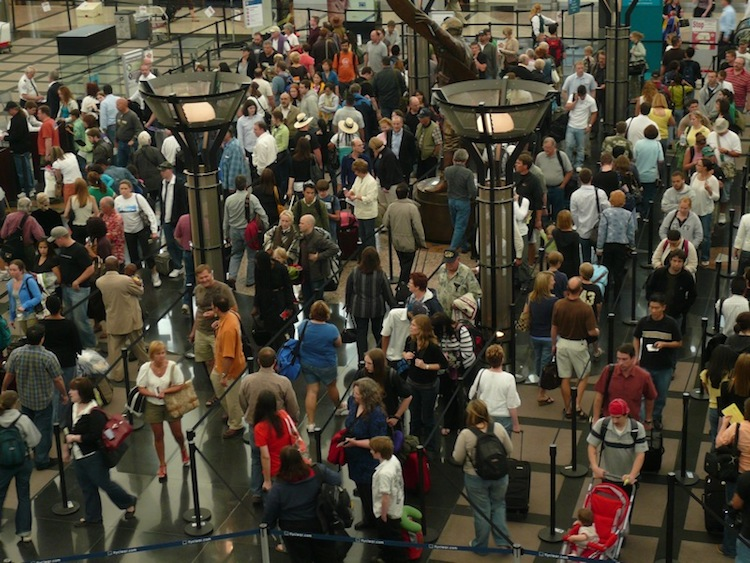 Which Airports Should You Avoid this Memorial Day Weekend?