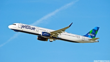 JetBlue announces new policy requiring face coverings for passengers.